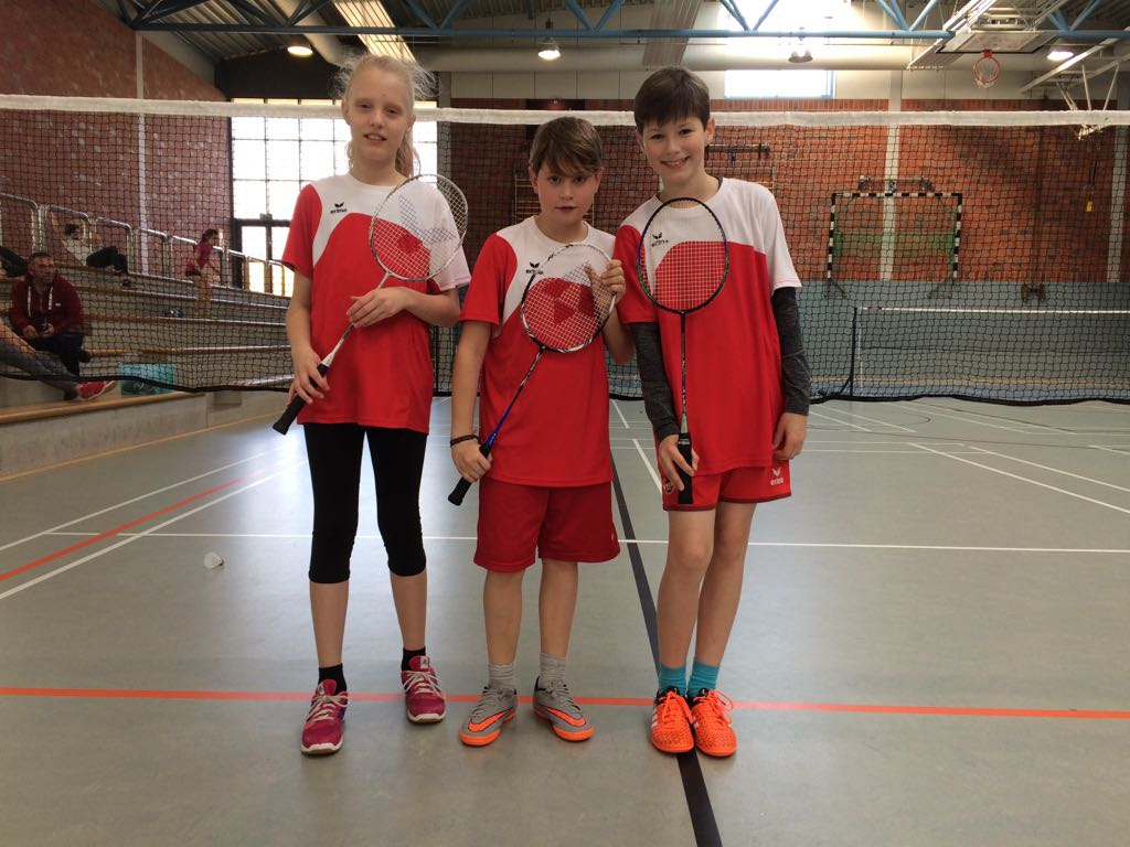 20171107_badminton-Team-U13.jpg